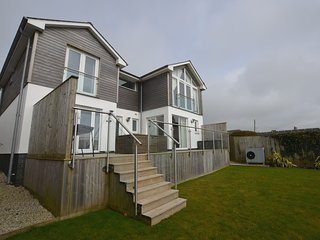 59241 House situated in Bude (1.5mls NE)