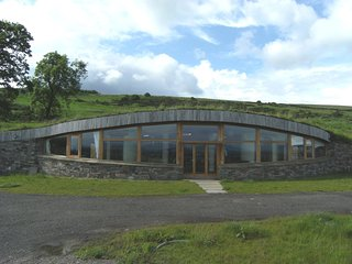 55935 House situated in Loch Leven (5.5mls NW)