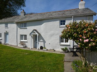 57498 Cottage situated in Beaford