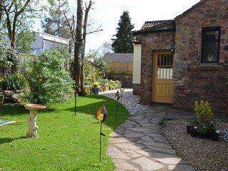 58511 Cottage situated in Taunton (2mls NW)