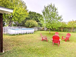 NEW! Lovely Home w/ Pool near Austin & San Antonio
