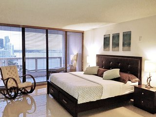 The Grand - 2 bed / 2 bath - American Airlines Arena - Adrienne Arsht Center