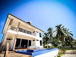 WINTER SPECIAL - New 4BR Villa-Kembali Kai by Luxury Cayman Villas