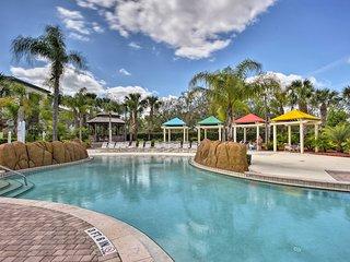 NEW! Cozy Resort Apt Just 5 Mi. from Disney World!