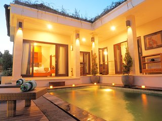 SUPER CHEAP 2 BEDROOMS PRIVATE VILLA IN CANGGU