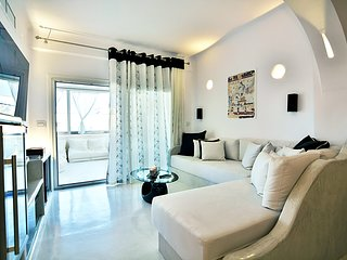 Santorini Loft Boutique Apartments