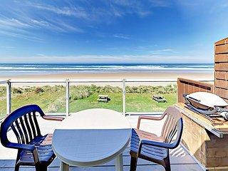 Oceanfront 1BR Hidden Gem w/ Unbeatable Balcony Views