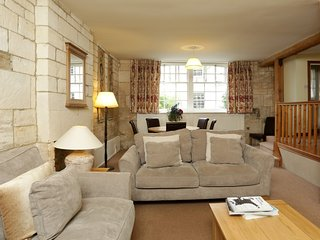 Lady Jane Grey, Sleeps 5, Sudeley Castle, Cotswolds
