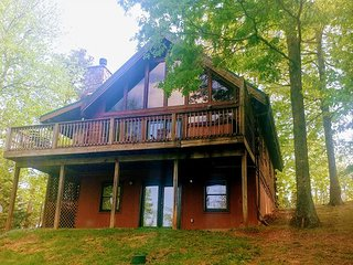A wonderful cabin awaits to start your vacation in The Great Smoky Mountains.