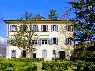 7 bedroom Villa in Montecatini Terme, Tuscany, Italy : ref 5055190