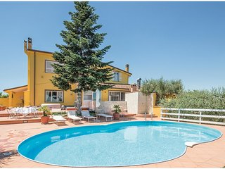 3 bedroom Villa in La Giustiniana, Latium, Italy : ref 5523375