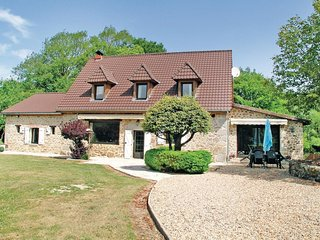 4 bedroom Villa in Antiges, Nouvelle-Aquitaine, France : ref 5522464