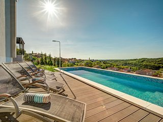 3 bedroom Villa in Momjan, Istria, Croatia : ref 5584105