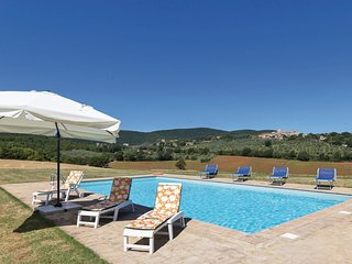 4 bedroom Villa in Collemezzo, Umbria, Italy - 5523721