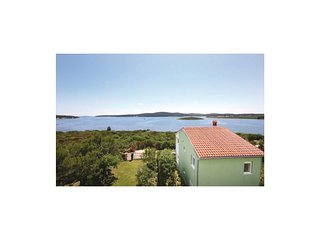 4 bedroom Villa in Medulin, Istria, Croatia : ref 5520012
