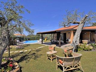 3 bedroom Villa in Capo d'Orlando, Sicily, Italy : ref 5028254
