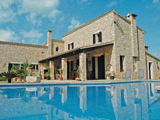 4 bedroom Villa in Lloseta, Balearic Islands, Spain : ref 5566545