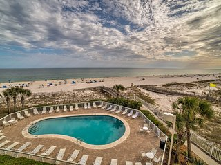 NEW! Waterfront Resort Condo on Orange Beach!