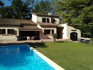 4 bedroom Villa in Vedene, Provence-Alpes-Cote d'Azur, France : ref 5610629