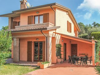 4 bedroom Villa in San Feliciano, Umbria, Italy - 5523758