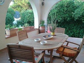 The white Hibiscus - Villa con giardino a pochi passi dalla spiaggia