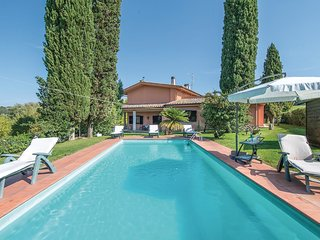 6 bedroom Villa in Borgonuovo, Latium, Italy : ref 5523380