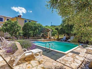 4 bedroom Villa in Medulin, Istria, Croatia : ref 5564572