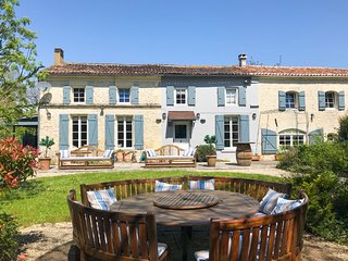 5 bedroom Villa in Courcerac, Nouvelle-Aquitaine, France : ref 5049793