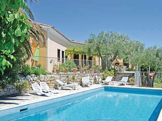 3 bedroom Villa in Spéracèdes, Provence-Alpes-Côte d'Azur, France : ref 5565528