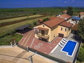 2 bedroom Villa in Ferenci, Istarska Zupanija, Croatia : ref 5426603