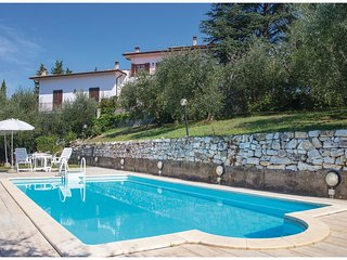 3 bedroom Apartment in Collelungo, Tuscany, Italy : ref 5566904
