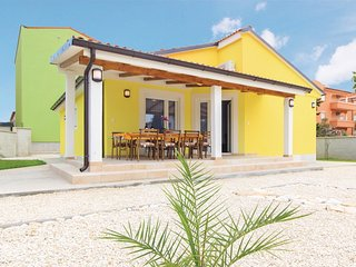 3 bedroom Villa in Medulin, Istria, Croatia : ref 5520567