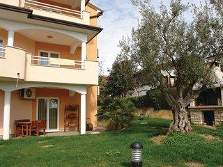 2 bedroom Apartment in Karpinjan, Istria, Croatia : ref 5564686