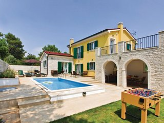 3 bedroom Villa in Medulin, Istria, Croatia : ref 5520577