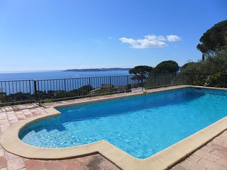 3 bedroom Villa in Sainte-Maxime, Provence-Alpes-Cote d'Azur, France : ref 55849