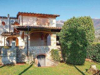 3 bedroom Villa in Pieve a Elici, Tuscany, Italy : ref 5523660