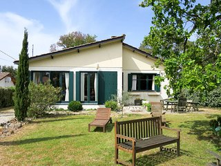 3 bedroom Villa in Montalivet-les-Bains, Nouvelle-Aquitaine, France : ref 562430