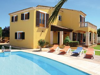 3 bedroom Villa in Sa Coma, Balearic Islands, Spain : ref 5566547