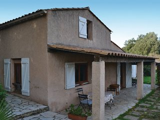 2 bedroom Villa in Sainte-Maxime, Provence-Alpes-Cote d'Azur, France : ref 55655