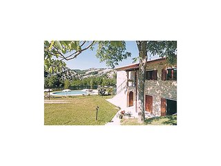 5 bedroom Apartment in Pian di Molino, The Marches, Italy : ref 5523326