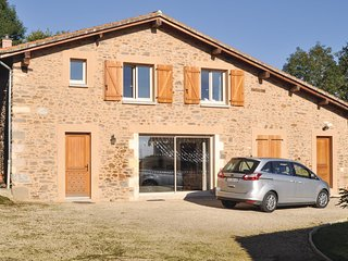 4 bedroom Villa in Mouzon, Nouvelle-Aquitaine, France : ref 5565593