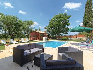 5 bedroom Villa in Orihi, Istria, Croatia : ref 5520532
