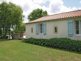 3 bedroom Villa in Saint-Benoist-sur-Mer, Pays de la Loire, France : ref 5565784