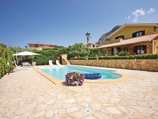 2 bedroom Villa in Torre Colonna-Sperone, Sicily, Italy : ref 5523458