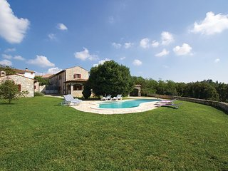4 bedroom Villa in Modrušani, Istria, Croatia : ref 5520419