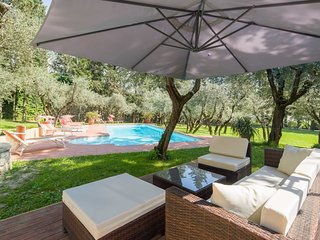 6 bedroom Villa in Florence, Tuscany, Italy : ref 5227115