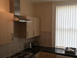 2 Bedroom Newly Refurbished Flat