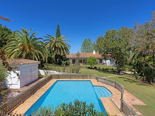 10 bedroom Villa in Sotogrande, Andalusia, Spain - 5049236