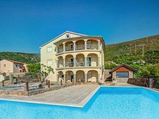 2 bedroom Apartment in Turine, Licko-Senjska Zupanija, Croatia : ref 5610398