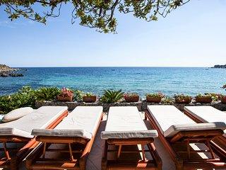 10 bedroom Villa in Torre delle Stelle, Sardinia, Italy : ref 5610647